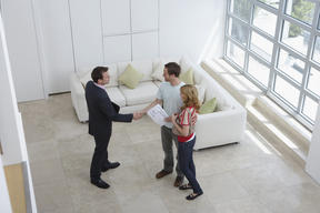 Accepting 2 offers and negotiating contracts in parallel: is it legal?