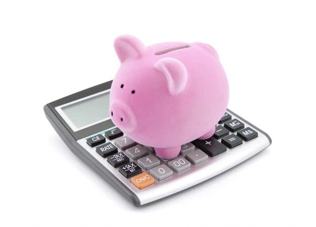 calculator and pig: always reflect an offer in New York real estate